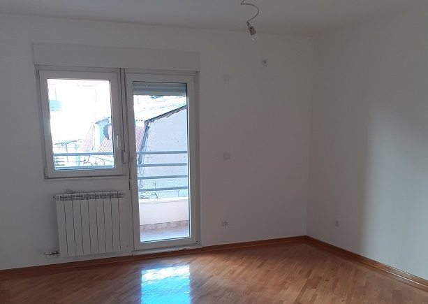 Prodaja stana  Vracar, Cerska 64 m2, I sprat