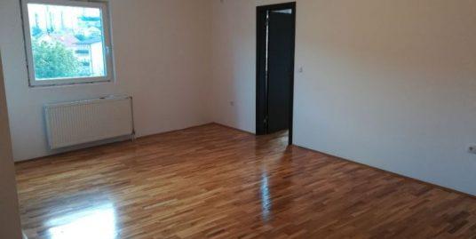 Prodaja stana Mirijevo , trosoban, 67 m2, Dragoslava Đorđevića Goše sa parking mestom